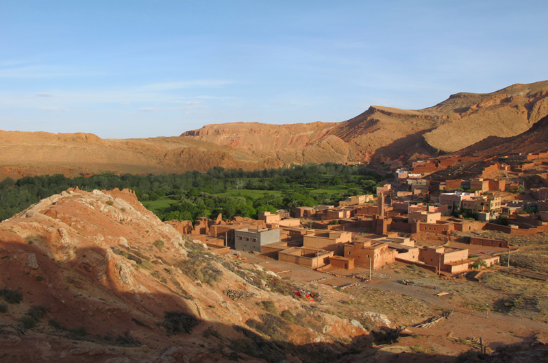MOROCCO - RED MOUNTAINS OF TESSAOUT